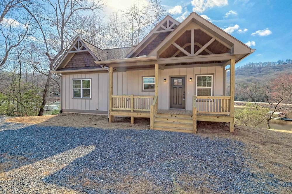 Michelle's Pick: Front Porch Design Tips